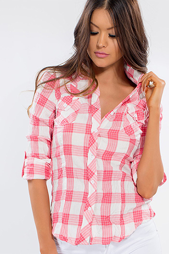 Junior Crinkle Plaid Top