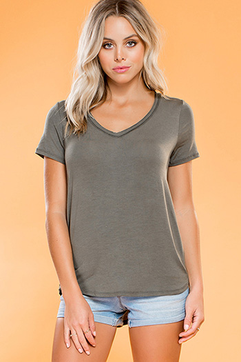 Junior V-Neck Short Sleeve Boyfriend Tee