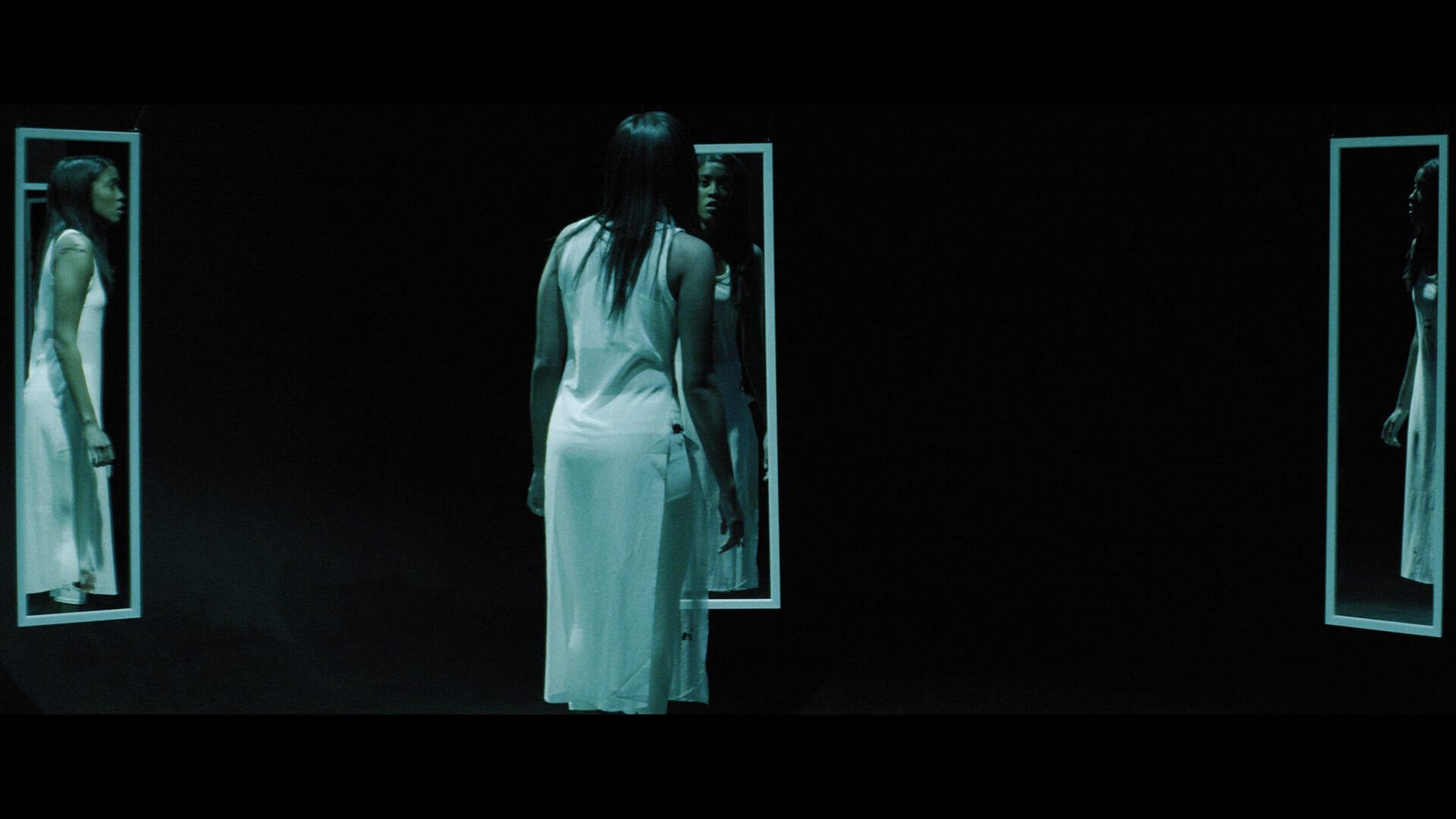 Mirror - Still Image