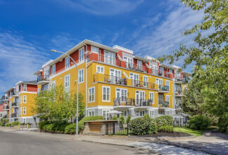 Perched above the banks of the Elbow River, this lovely one bedroom condo is surrounded by mature foliage and boasts fantastic views of downtown!