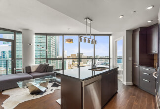 Experience An Urban Village Lifestyle In This Beautiful One Bedroom With Sweeping Downtown Views At Keynote Two