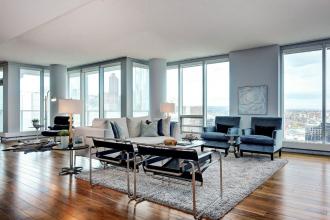 Exquisite Two Bedroom & Den Suite at Arriva