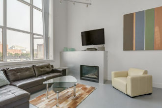 Stylish Loft at Imperial Lofts in Victoria Park