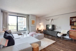 Fully Renovated Two Bedroom Two Bathroom Condo at Riverscape