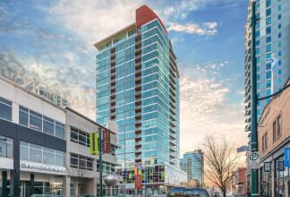 This 23-Floor High Rise Impresses With Its Spectacular Design & Superior Location