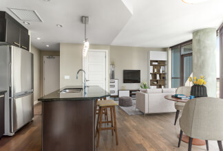 Live the Urban Village Lifestyle In This Beautiful One Bedroom With Southern Exposure At Keynote Two