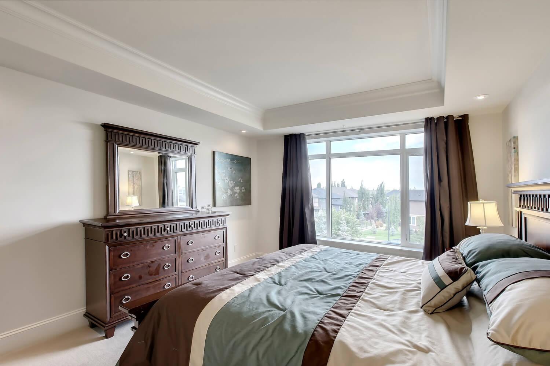 Calgary Condo For Sale 305 131 Quarry Way Se