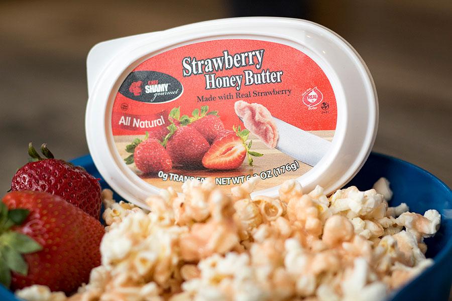 Strawberry Popcorn
