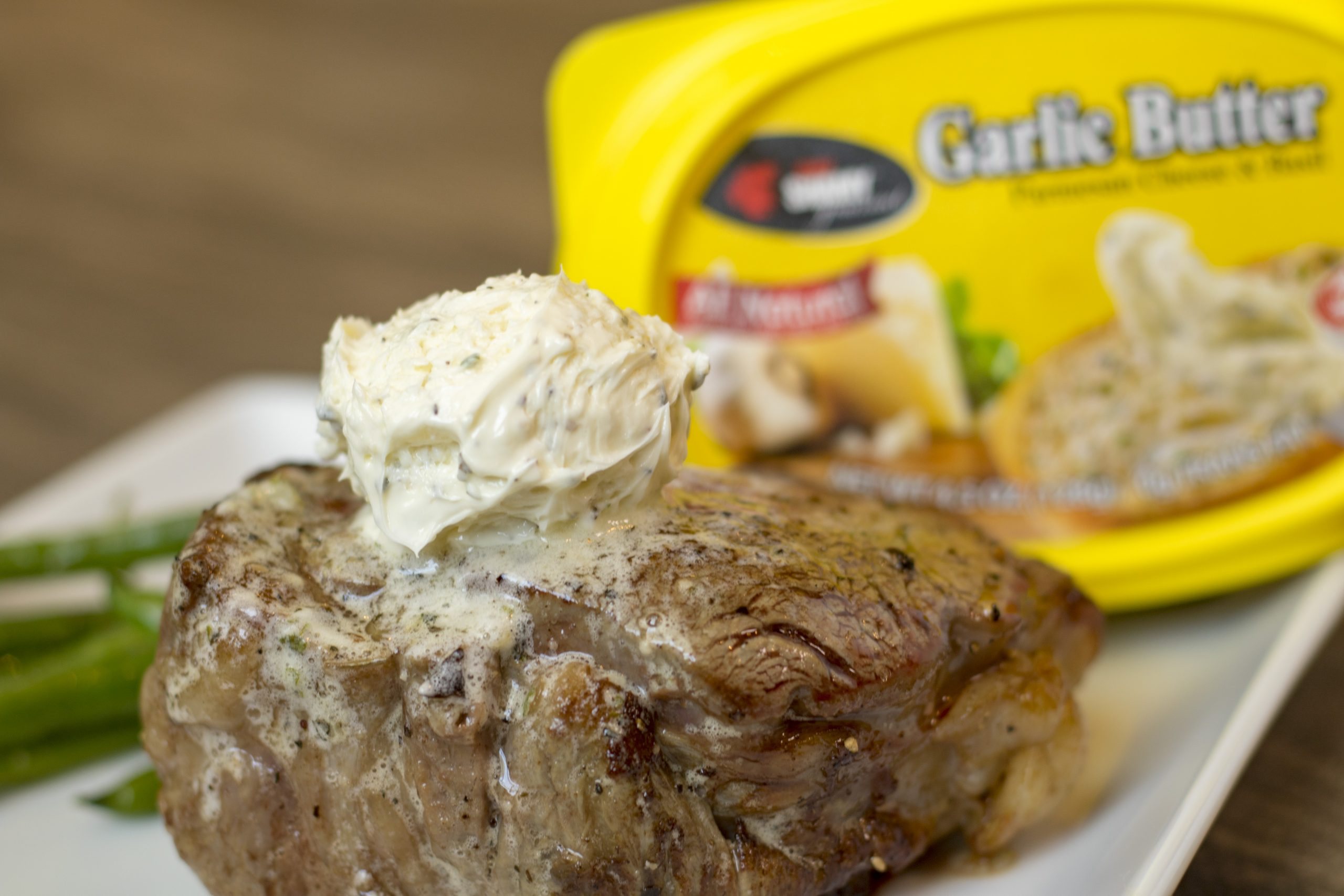 Filet mignon with garlic butter