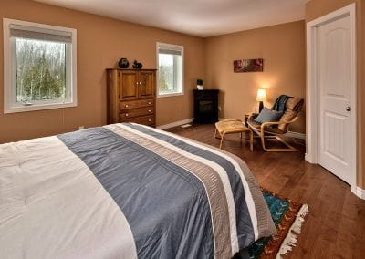 42-Silver-Glen-Blvd-MLS-and-Web-120