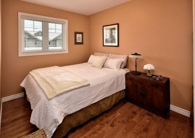42-Silver-Glen-Blvd-MLS-and-Web-123