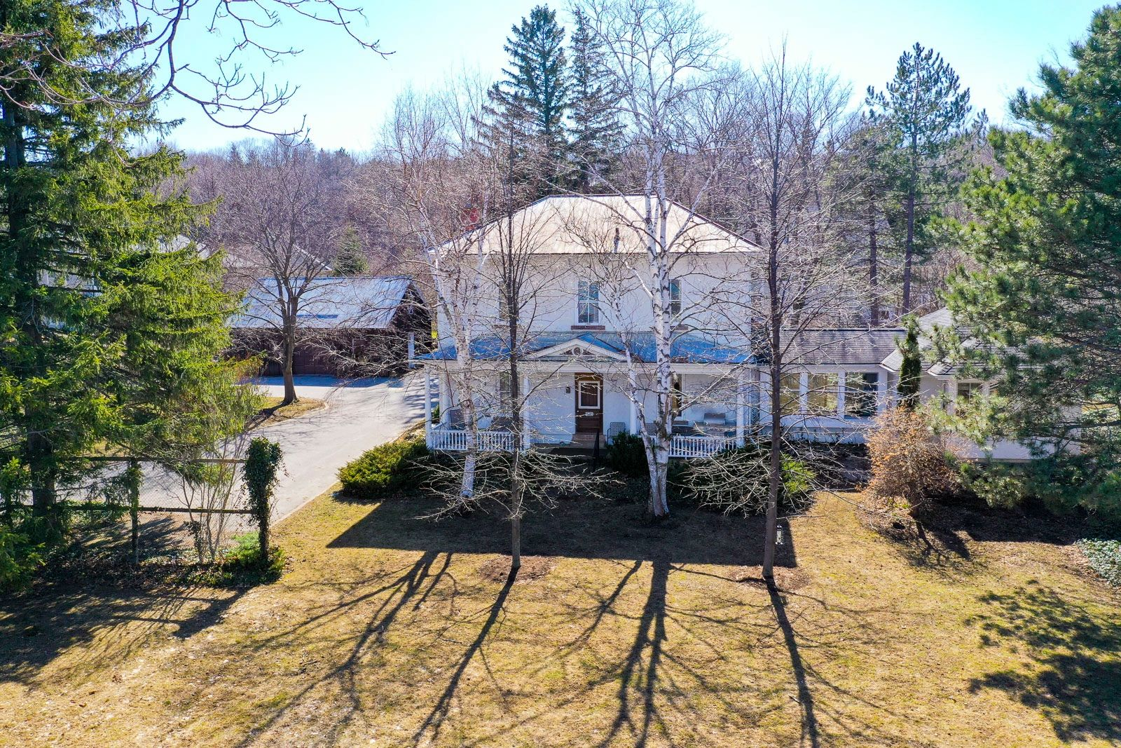 122 Lakeshore Road E, The Blue Mountains<span class='property-location-view'></span>
