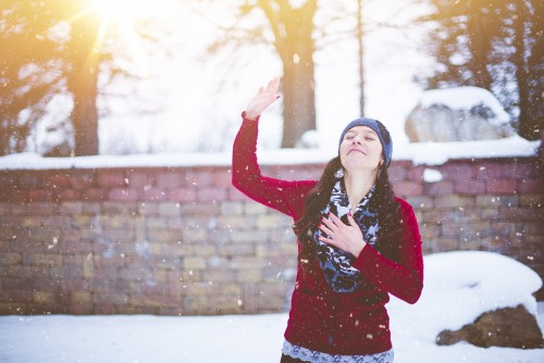 woman, worship, girl, snow, winter, bricks, wall, prayer, praying