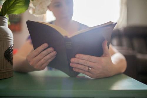 mother, parent, mom, praying, prayer, bible, study, reading, home, table, woman