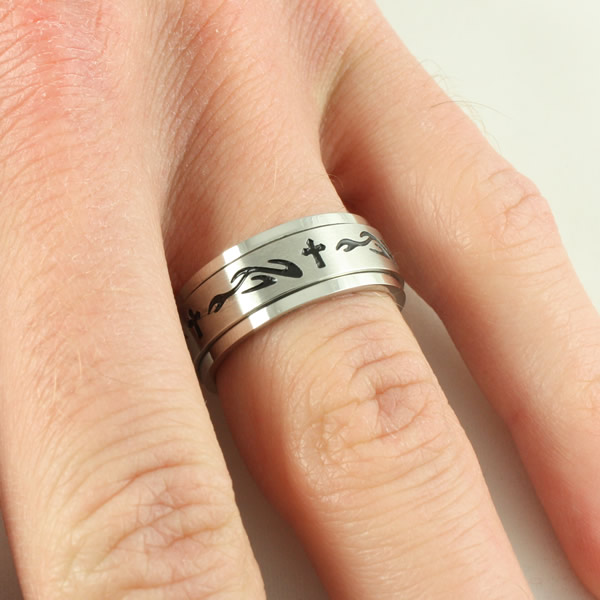 Flame Cross Spinner Ring - SR-334