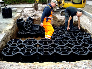 Assembling High Strength Structural Soil Cells in Scandinavia