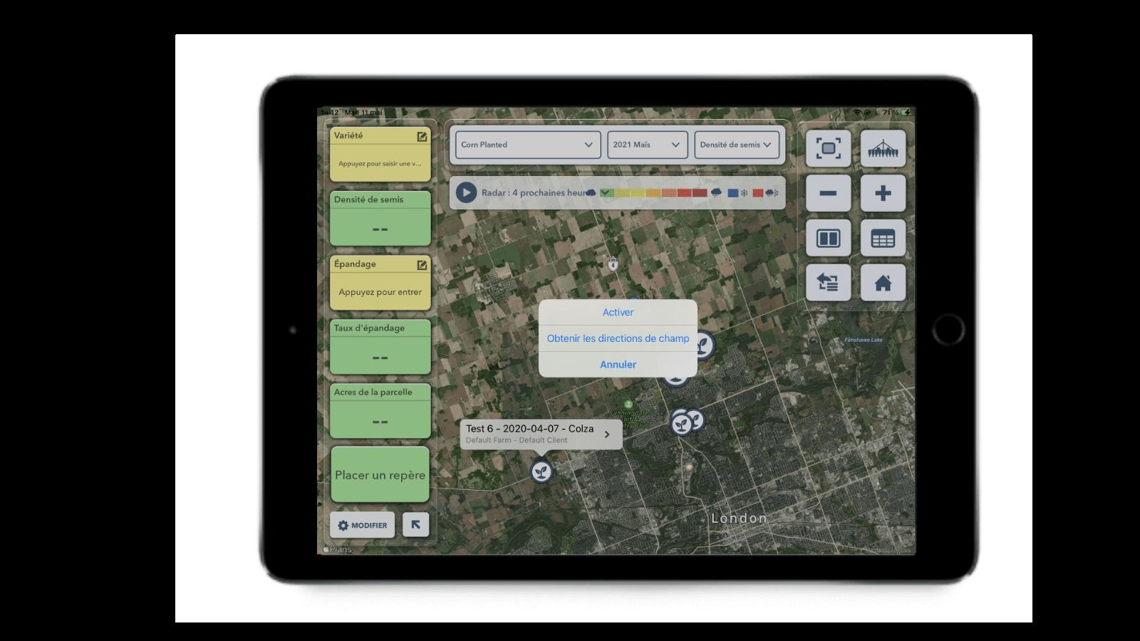 L'application FieldView Cab, ouverte au menu montrant l'option « Obtenir les directions de champ ».