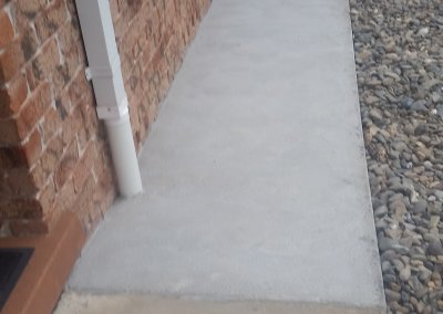 New-concrete-path