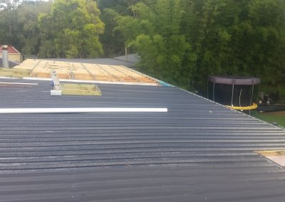 20190328_082720-New-roof-sheeting-during-2