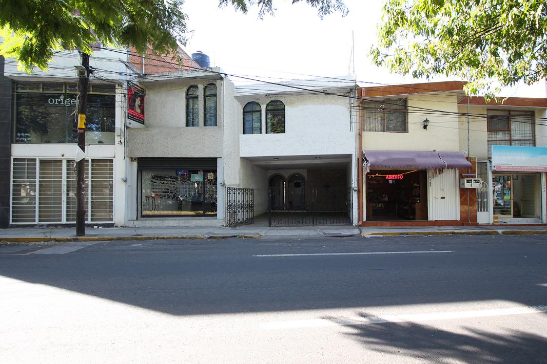 EDIFICIO COMERCIAL EN VENTA EN BOULEVARD GARCÍA DE LEÓN, MORELIA.