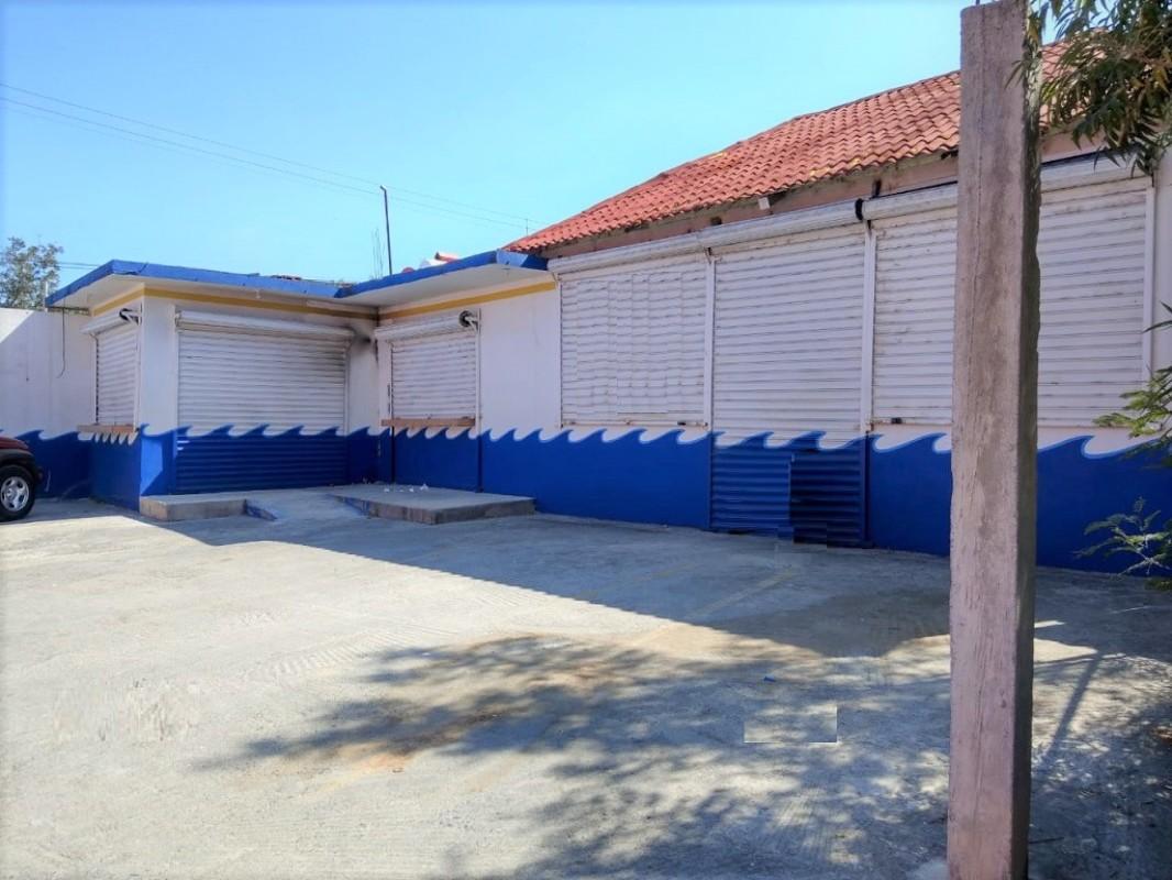 Local Comercial Centro Pesqueria Calle Principal