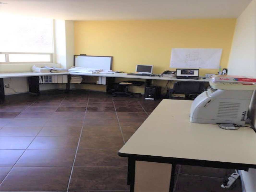 RENTA DE BODEGA/OFICINA EN GUADALUPE