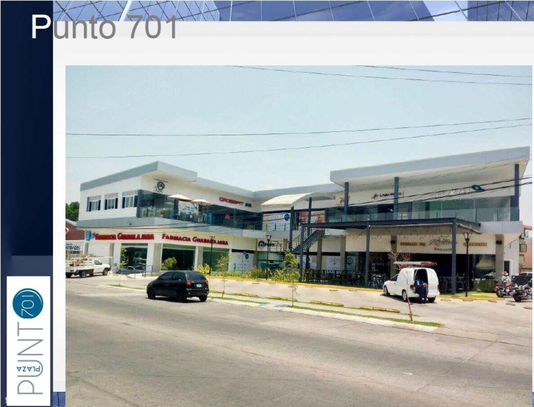 Local comercial en Renta Plaza Punto 701