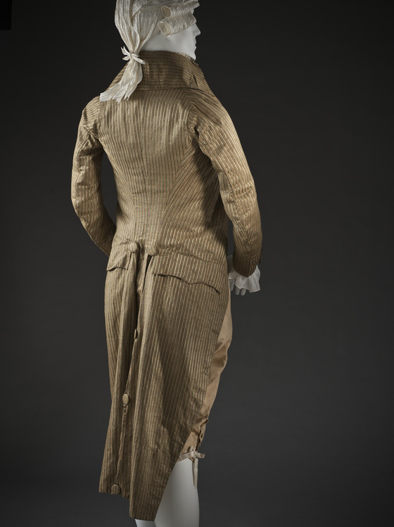 1790s Incroyables tailcoat, back view