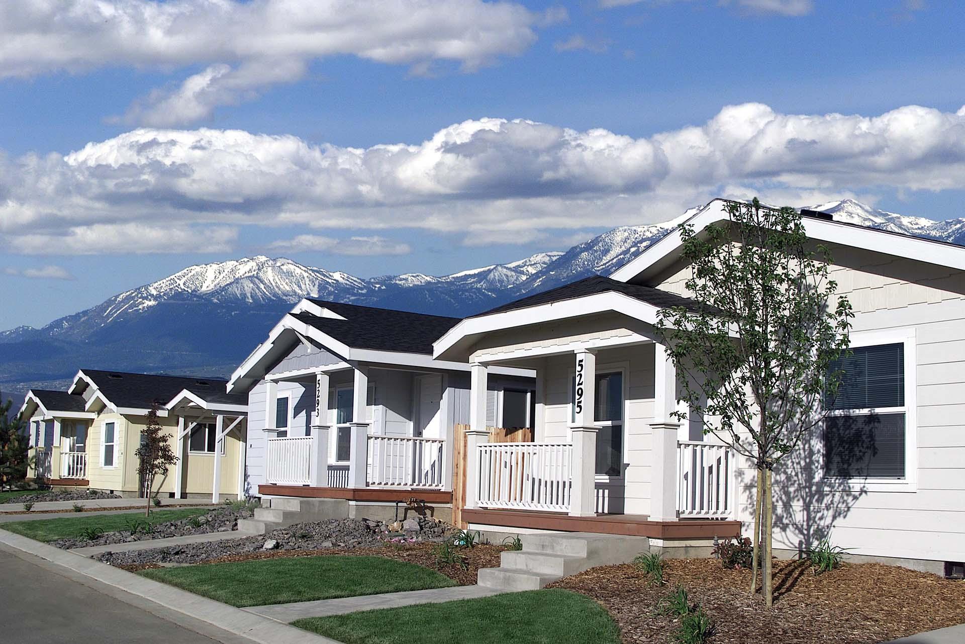 Craftsman Homes - Tenya Creek Subdivision