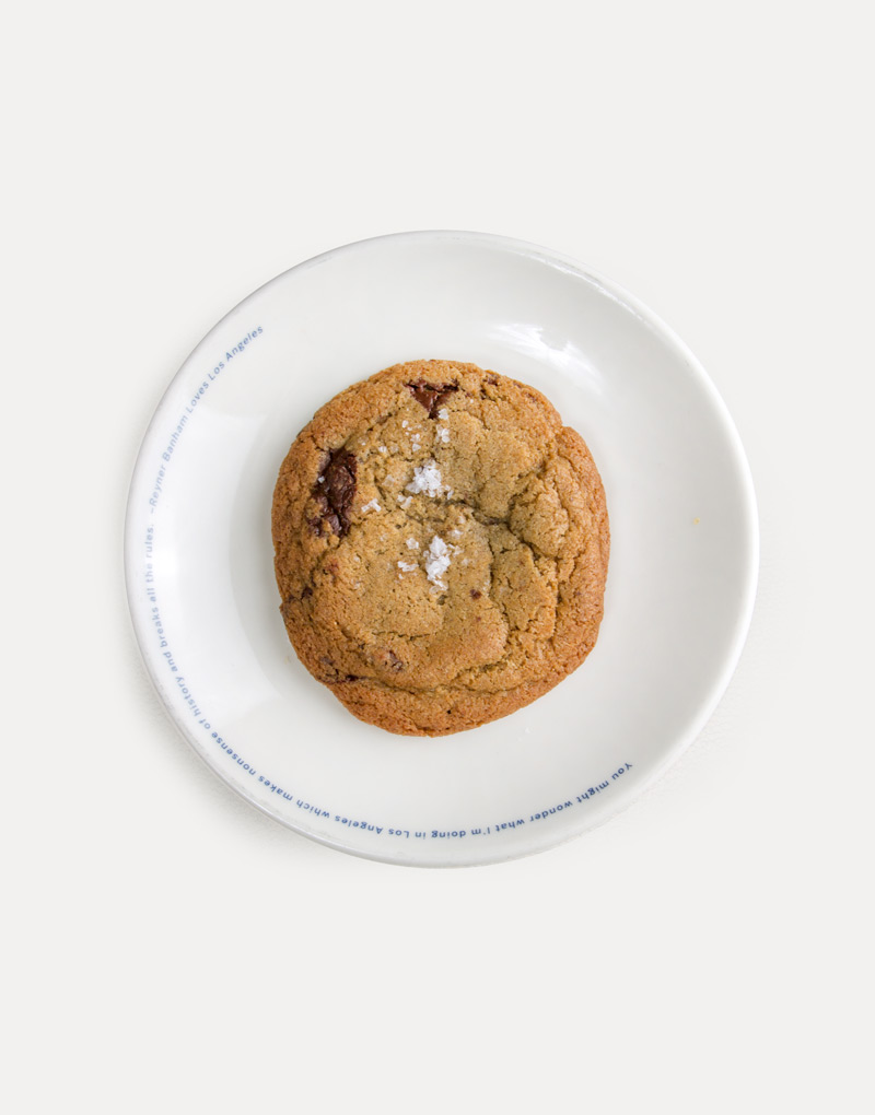 Salty rye chocolate chip cookie