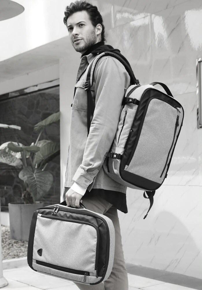 Dissasembling Backpack9