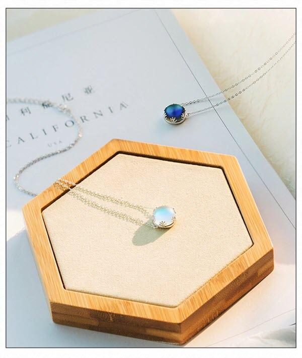 Aurora Forest Necklace12