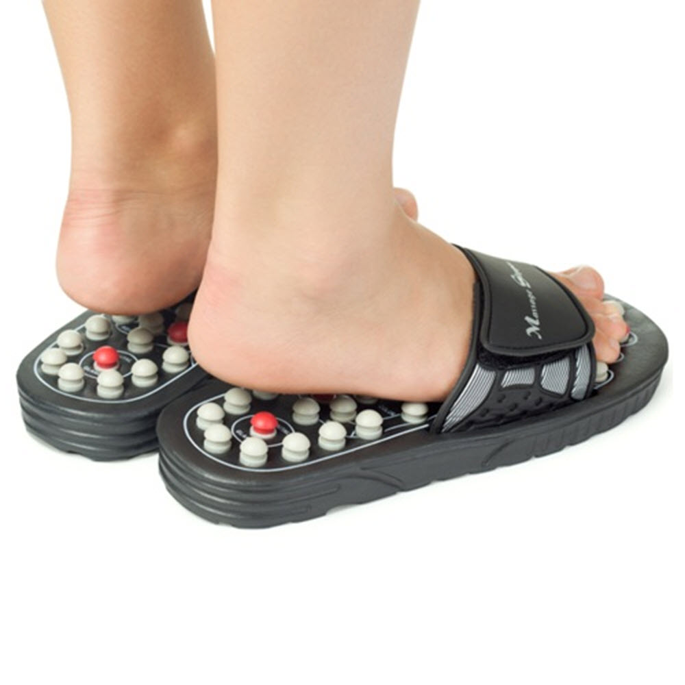 Acupuncture Massager Slippers12