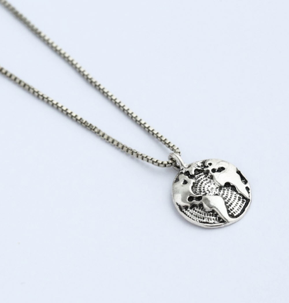 Silver World Map Necklace4