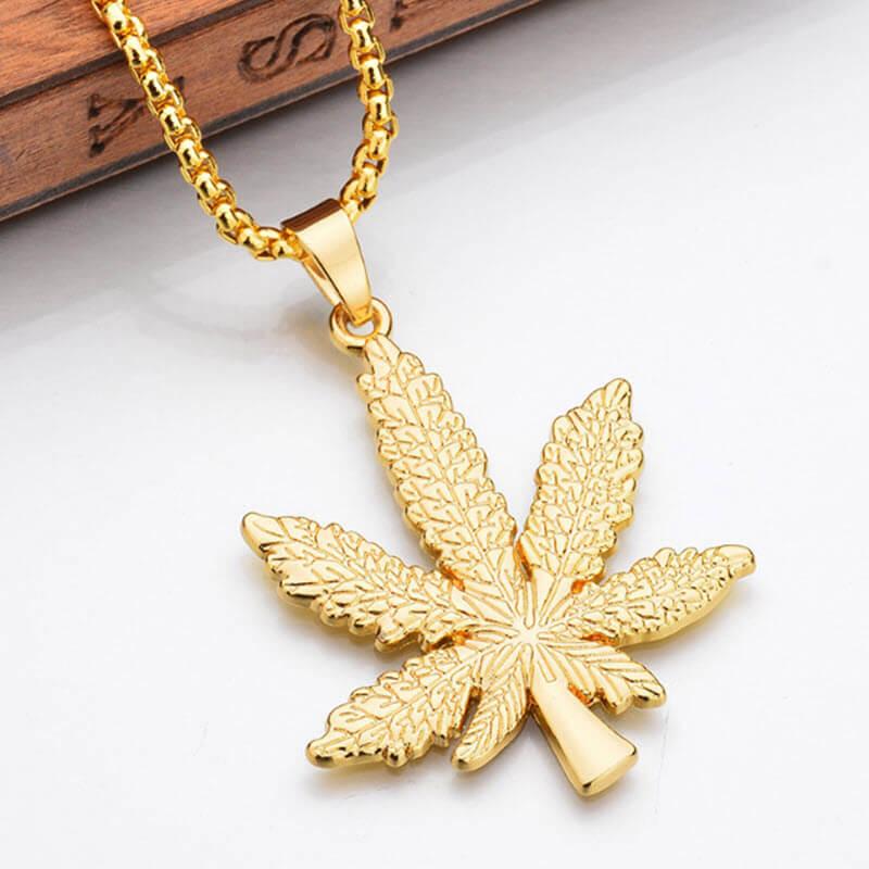 Marijuana Diamond Necklace2