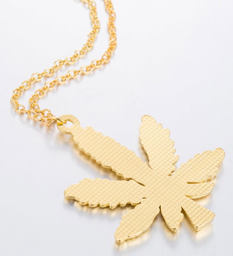 Marijuana Diamond Necklace10