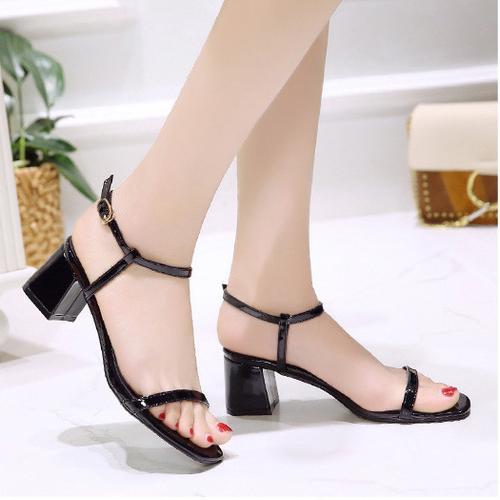 Black Low Block Heel Sandals (Sexy)