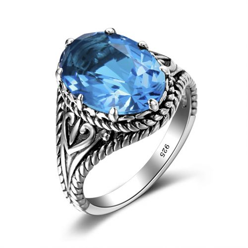 Silver Beauty (Blue Topaz)