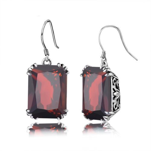 Silver Stunner Earrings (Garnet)