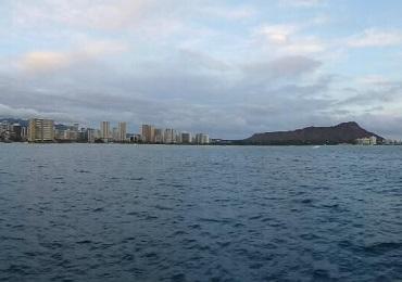 Waikiki Fireworks Dinner Sail image 1