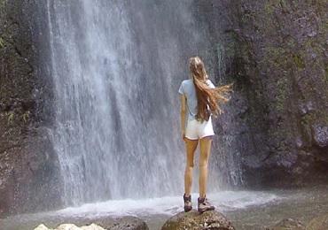 Product #9B Jurassic Park Waterfall PM