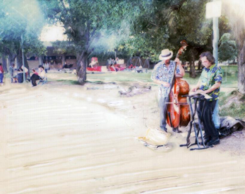 Juneyt Birol, </span><span><em>Boardwalk 2004</em>, </span><span>Polaroid