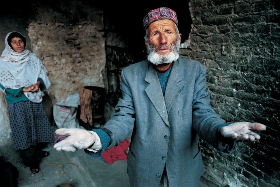 Zalmaï', </span><span><em>from Return, Afghanistan (Shomali Plain, Parvan), 2001-2004</em>, </span><span>25