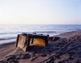 Rick Vincil, </span><span><em>Scarborough Bluffs Beach, view west</em>