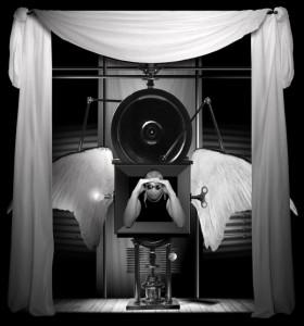 Bohdan Vandiak, </span><span><em>Dream of Filth- Meditation 3, 2002</em>, </span><span>Lambda Print, 30 X 35
