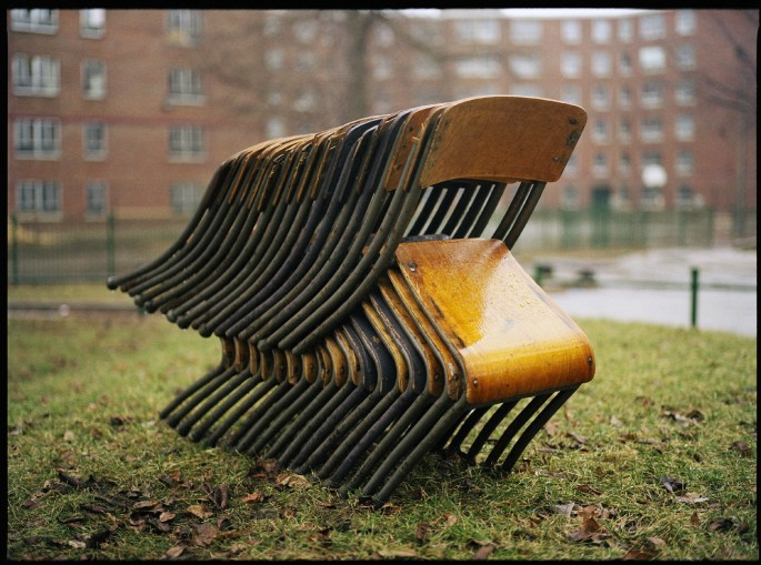 Scott Johnston, </span><span><em>17 Unconvinced Chairs - Regent Park, 2006</em>, </span><span>40