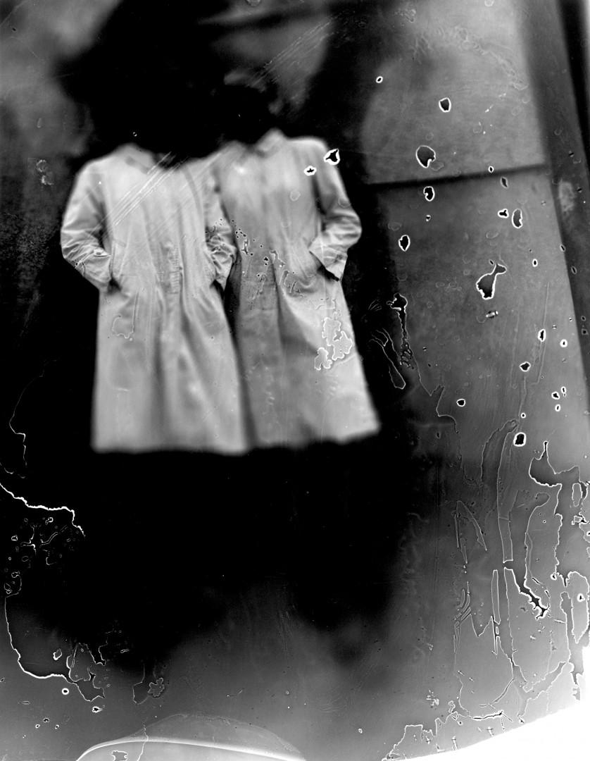 Osheen Harruthoonyan, Freg & Oli, 2006, Gelatin Silver Print, 14x11