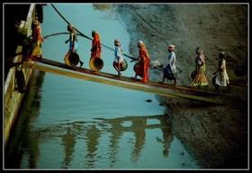 """Neo Ntsoma, </span><span><em>Saris in the Sand</em>, </span><span>12"""" x 16 (Archival Paper)"""