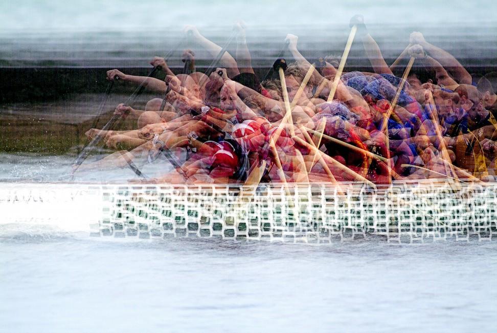 Stephen D'Agostino, </span><span><em>The Dragon Boaters 4, 2005</em>, </span><span>digital print on stretched canvas, 36 x 56