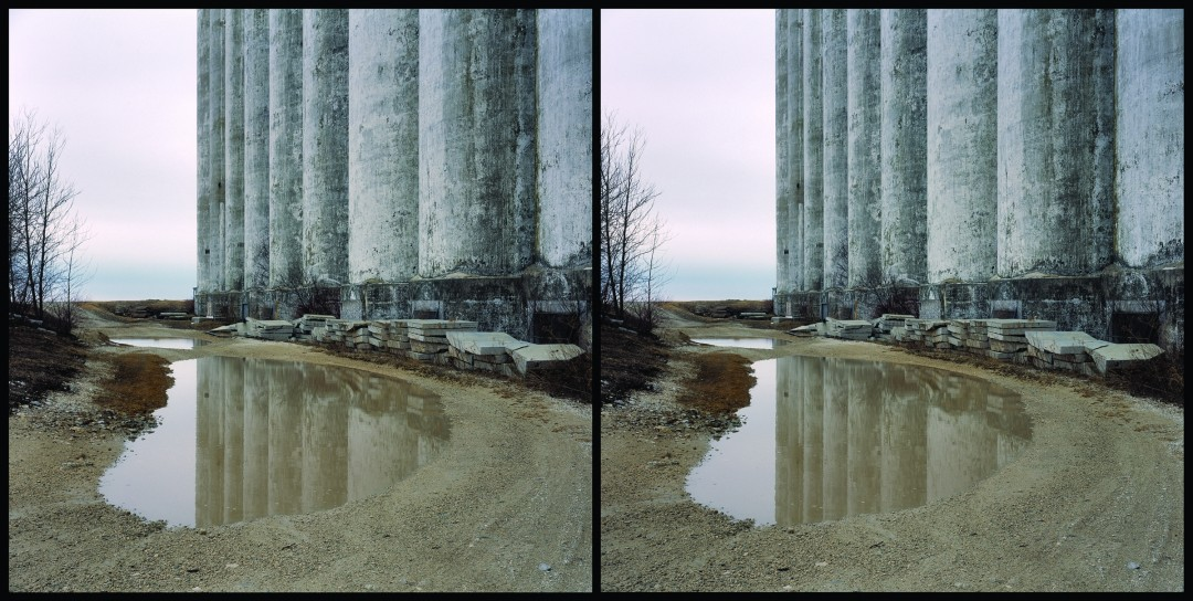 John Long, </span><span><em>Collingwood Elevators, 2007</em>, </span><span>Stereo Photography; 24